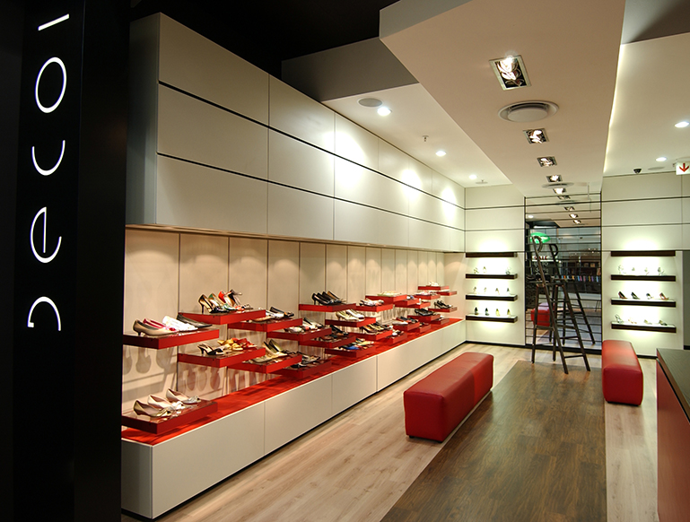 DECOI-SHOES-MOPANYA-MALL-2
