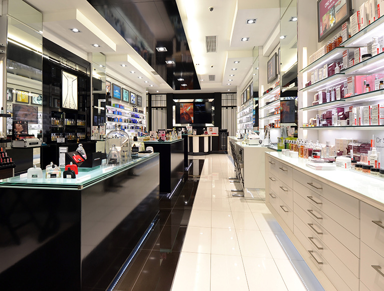 METROPOLITAN-COSMETICS-HYDE-PARK---NEW-LOOK-1