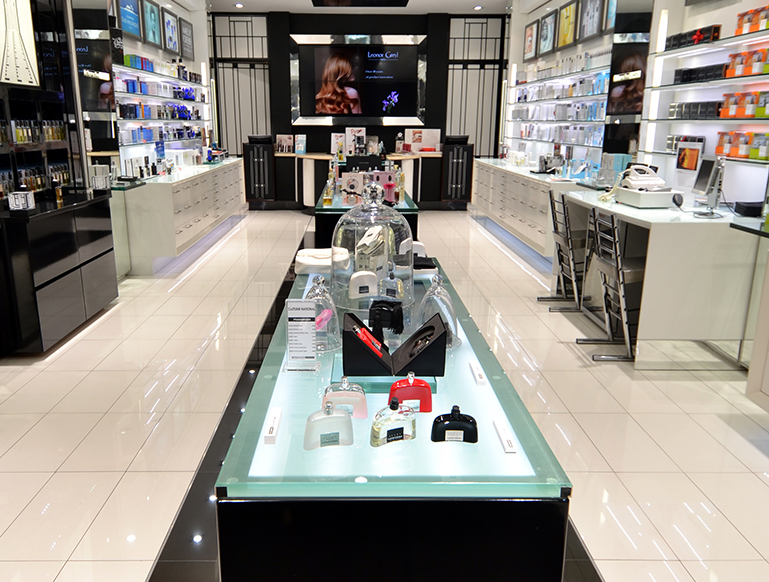 METROPOLITAN-COSMETICS-HYDE-PARK---NEW-LOOK-2